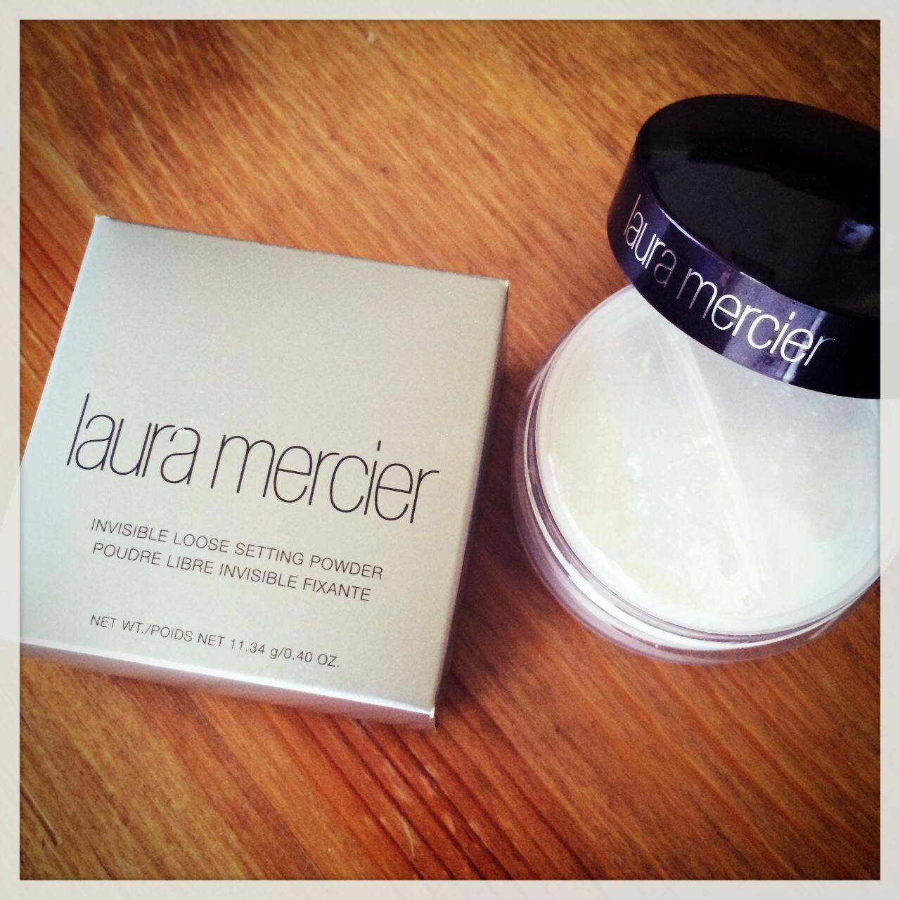 Review Laura Mercier Invisible Loose Setting Powder